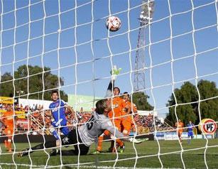 """Cobreloa y la """"U"""" se miden en Calama, en el partido que despertó la polémica con los seleccionado azules."""