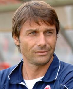 Conte consiguió tres títulos con Juventus, el último superando la barrera de los 100 puntos.