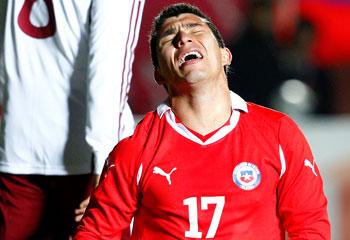 Gary Medel fue expulsado ayer ante Colombia