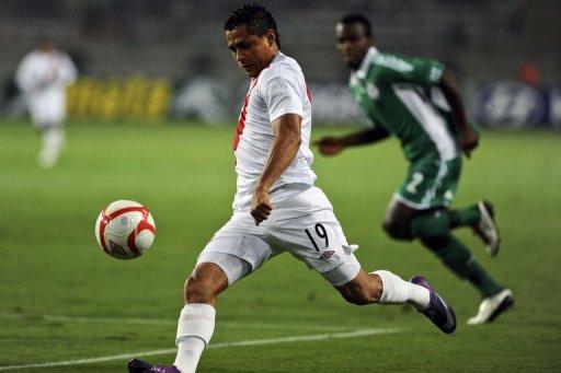 Perú venció en Lima a su similar de Nigeria y llega en buen pie para su duelo eliminatorio ante Colombia.