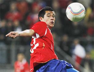 Muñoz y  Mena fueron convocados a la Roja para duelo amistoso con Serbia.