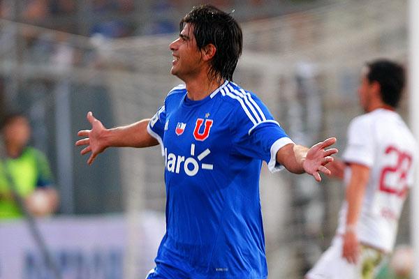 Enzo Gutiérrez comenzó a mostrar sus pergaminos de goleador...aunque el segundo tant que anotó hoy estaba en offside.