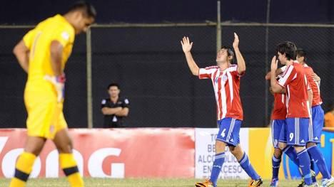 Paraguay venció a Perú y sumó puntos que le permiten seguir con la ilusión de llegar al Mundial.