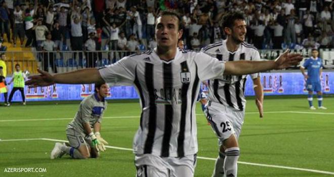 Canales le marcó al Inter en dos oportunidades.
