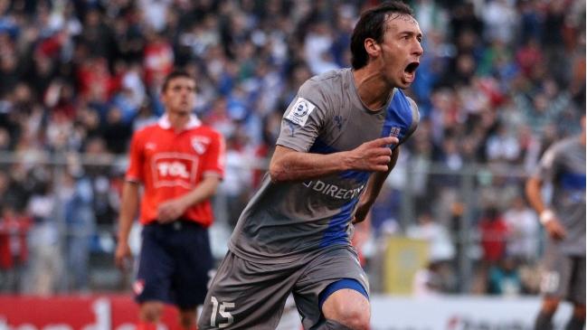 Para la alegría de los cruzados, Michael Ríos podrá seguir gritando goles con la camiseta de la UC.