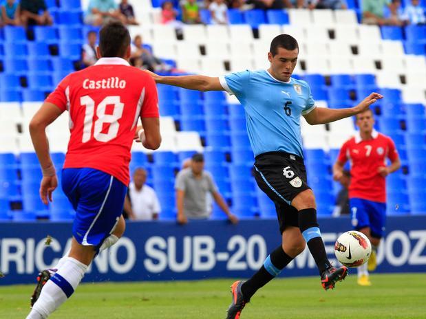 Chile jugó bien pero no fue suficiente. Uruguay con poquito nos ganó una vez más.
