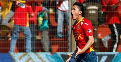 Gustavo Canales anot los tres goles que le dieron la victoria a Unin.