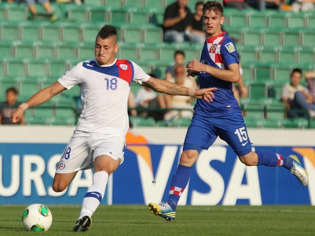 El Nico Castillo anotó un golazo para abrir la cuenta. Chile le ganó a Croacia y se metió en cuartos de final del Mundial Sub 20.