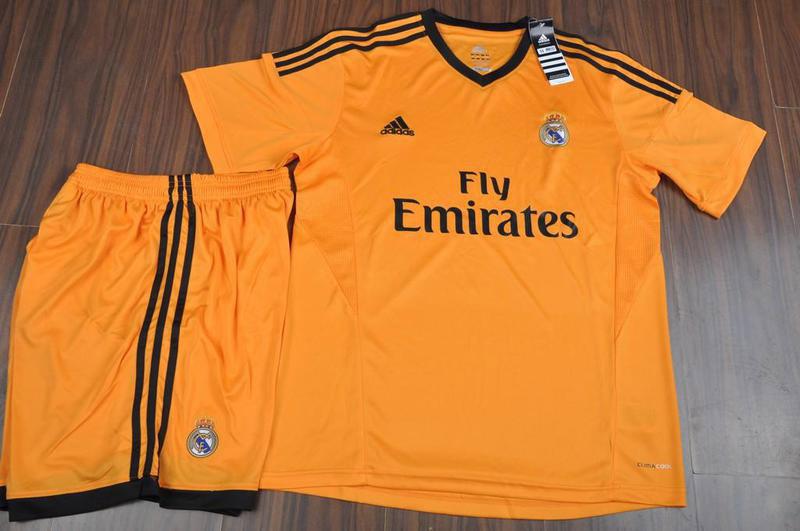 El nuevo uniforme será usado en la Champions League.