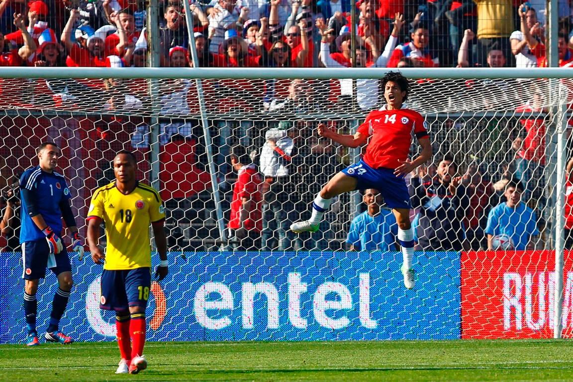 Chile+vs+Colombia+13