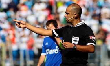 Es designado para dirigir el Súper Clásico Chileno