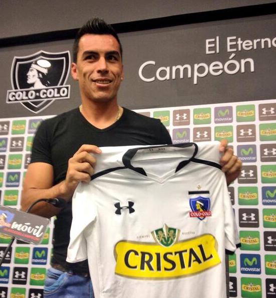 Esteban Paredes cambió número de camiseta: ahora irá con la 30.