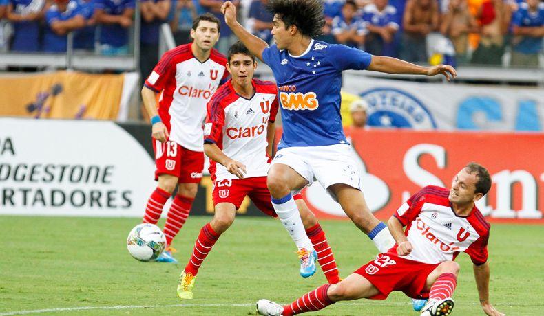 Desde 2010 jugando de local los azules han derrotado en 3 oportunidades a equipos brasileños por Copa Libertadores