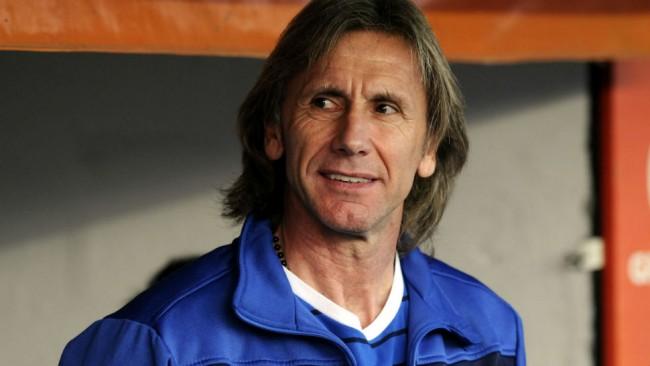 Más de dos millones de dólares al año quiere Gareca para dirigir en Chile