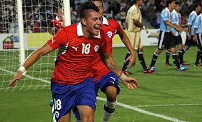 Nicolás Castillo vuelve a Chile para integrar la selección sub 21 que va a Toulon.