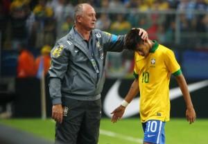 Scolari y Neymar juntos. El entrenador y la estrella.