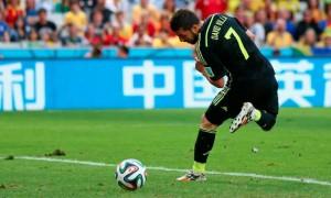David Villa finalizó su leyenda con la selección de España con un golazo de taco.