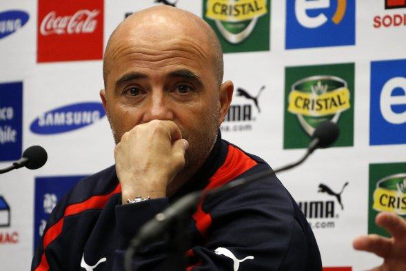 Jorge Samapoli asegura que Chile fue más que Uruguay, pero que no siempre el equipo que mejor juega, gana.