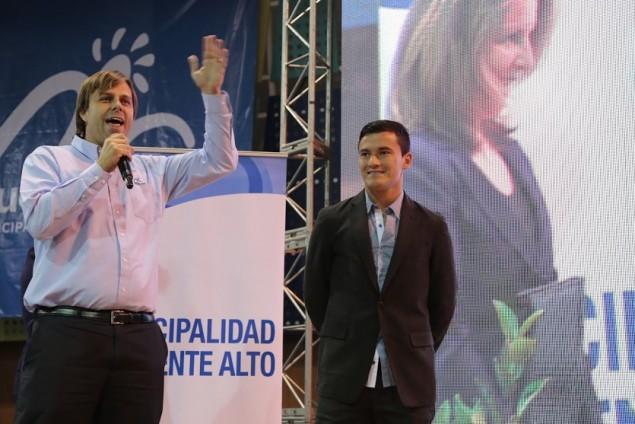 Charles Aranguiz Hijo Ilustre