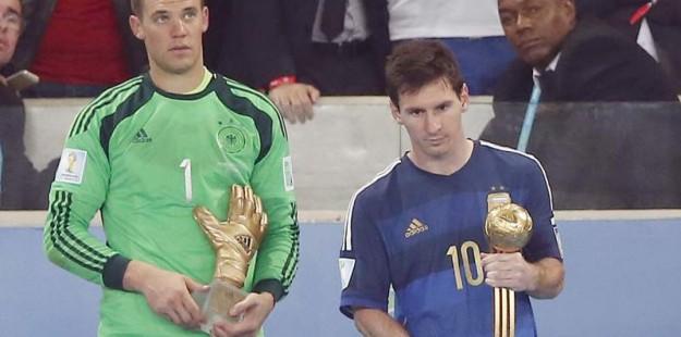 Ni siquiera Messi se lo cree. Esta era su cara al recibir el Balón de Oro