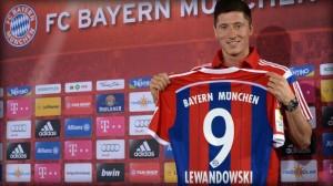 Bayern Munich fichó a otro jugador de Borussia Dortmund, el polaco, Robert Lewandoski.