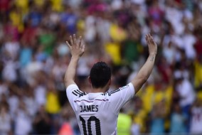james-rodriguez-signs-real-madrid_5