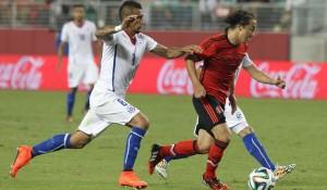 Vidal comentó que su rodilla está al 100%. Contra México jugo todo el partido