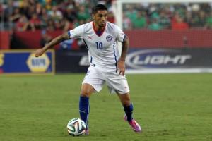 Rodrigo Millar fue uno de los nuevos nombres que probó Sampaoli frente a México.