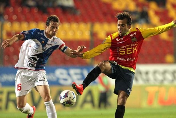 Unión Española quiere un triunfo contra Ñublense para mantenerse arriba en la tabla.