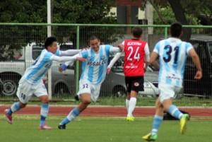 Magallanes derrotó a San Felipe por 3-2 en Santiago