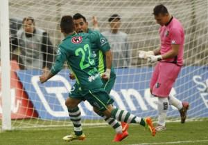 Luna y Gutiérrez celebrando el único tanto del partido.