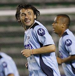 """El """"Tiburón"""" jugó en Tecos de México y en el Bolivar de la liga boliviana."""