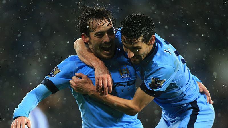 """El """"Canario"""" Silva marcó el tres cero del City sobre el Albion."""