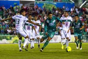 Isaac Díaz anotó dos tantos en victoria de los Jaguares de Chiapas.