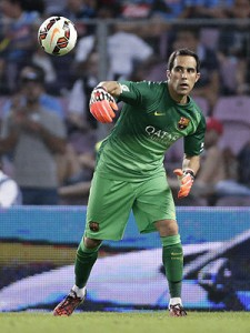 Bravo podría superar los 200 partidos en primera división frente al Real Madrid.  Foto: ESPN Deportes