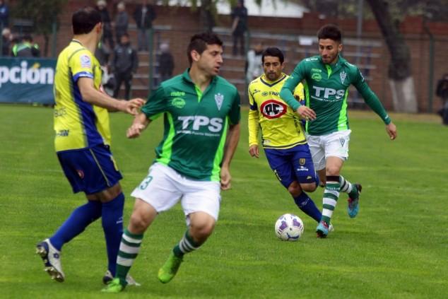 Medel y Muñoz, dos que ingresaron en el segundo tiempo y no pudieron subir el nivel del partido