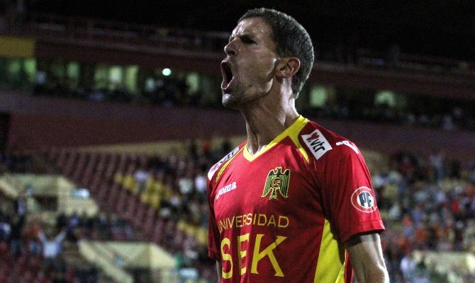 Diego Scotti marcó el empate que salvó a Unión de una nueva derrota como local. Foto: elgráficochile.cl