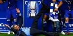 Mourinho celebró con todo la obtención del título de la Capital One.