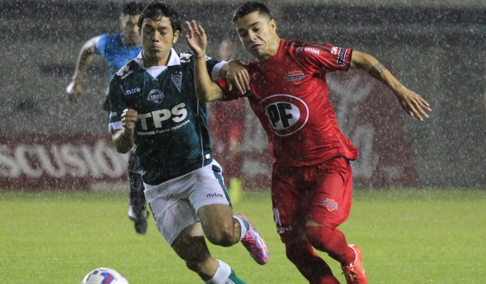Ñublense y Wanderers repartieron puntos en el sur.