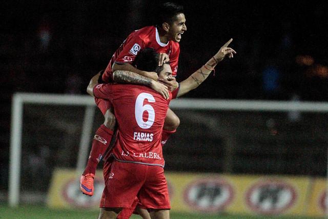 Unión La Calera goleó a Palestino por 4-0.