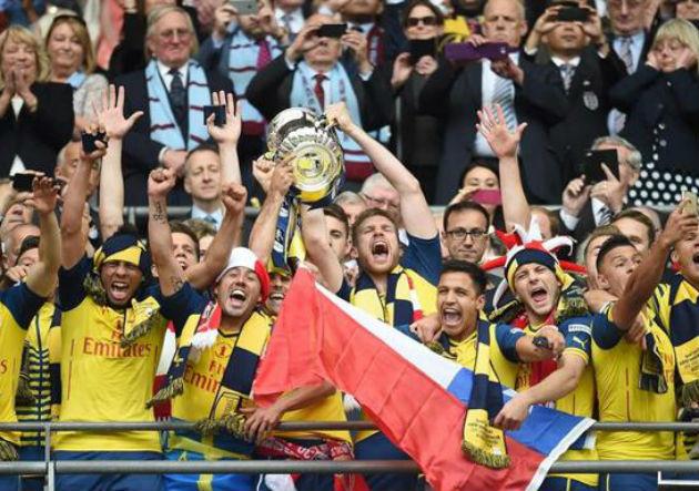 Arsenal_Alexis_campeon_FACup_2015