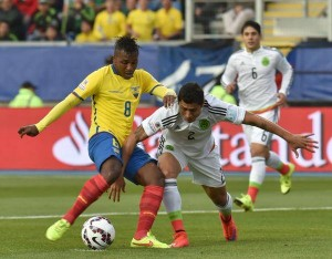 Miller Bolaños marcó la apertura de la cuenta para los ecuatorianos ante México.