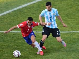 Alexis anotó el último penal de Chile.