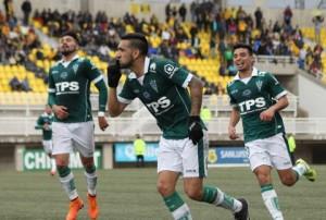 Ronnie Fernández anotó el agónico tanto de Wanderers sobre San Luis.