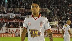 Edson Puch aún está en Huracán de Argentina.