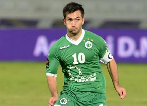 Carlos Villanueva se encuentra jugando en el Al Shaab,