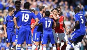 Costa y Gabriel se pelearon, y el hombre del Arsenal terminó expulsado.