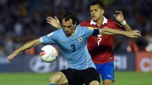 Se aprovechó de la confusión en la saga chilena, para anotar el primer gol.