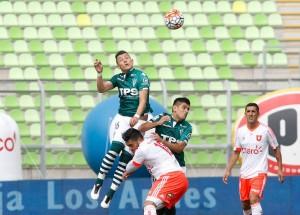 """Carlitos Muñoz anotó un hattrick frente a la """"U""""."""