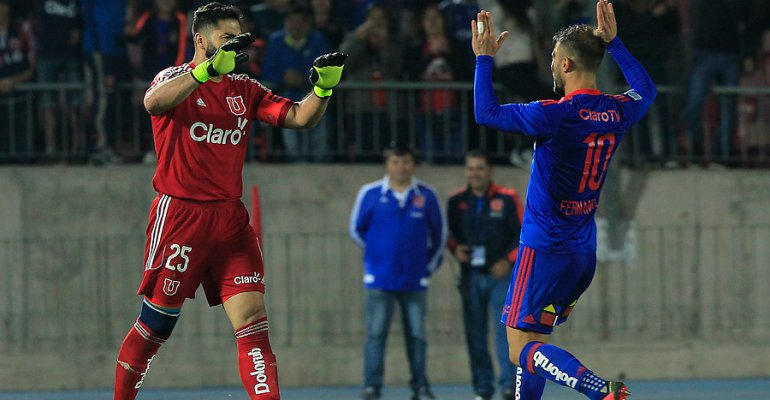 Johnny Herrera anotó el gol del triunfo en los penales ante Iquique.
